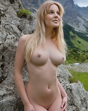 Sexy picture of Nude Blonde