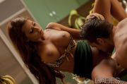 Hot photo of Madison Ivy