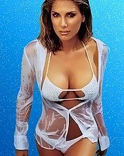 Sexy picture of Daisy Fuentes